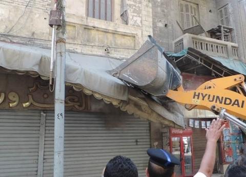"""""""أمن الإسكندرية"""" يشن حملة مكبرة لإزالة الإشغالات بدائرة باب شرق"""