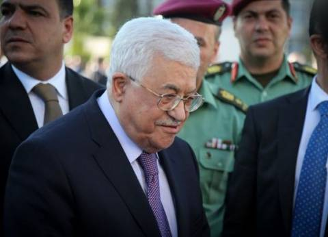 الرئيس الفلسطيني يتلقى اتصالا هاتفيا من خالد مشعل