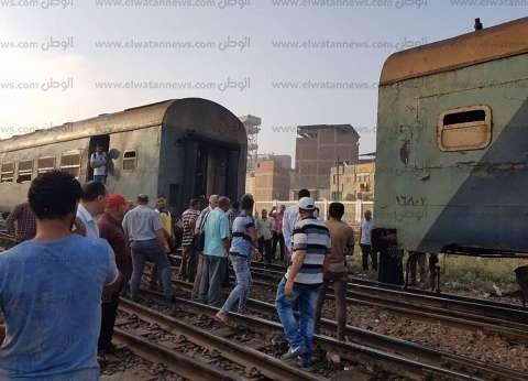 عاجل| 4 مصابين بينهم وكيل نيابة في حادث تصادم «قطار المنيا»