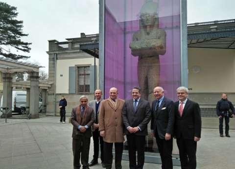 وزير الآثار يفتتح معرض أوزوريس أسرار مصر الغارقة بسويسرا