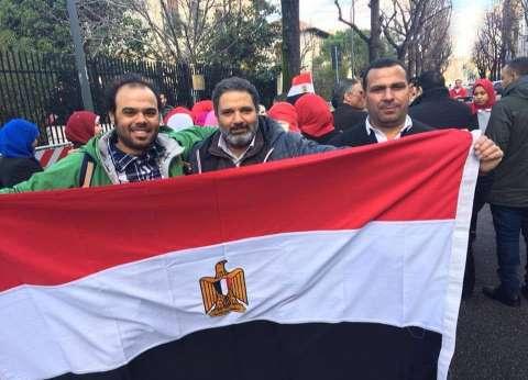 زحام بسفارة مصر بالكويت قبل ساعتين من غلق باب التصويت