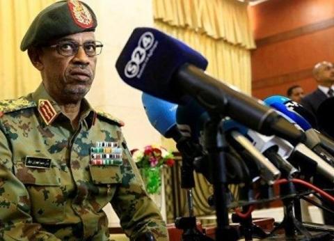 """معارضون سودانيون لـ""""الوطن"""": نرفض بيان الجيش..و""""بن عوف"""" استمرارا للبشير"""
