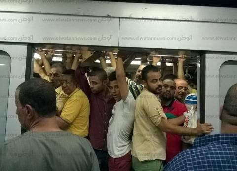"""عرفات عن زيادة أسعار التذاكر: """"القرار مهم والناس بترضخ لأن مالهاش حل"""""""