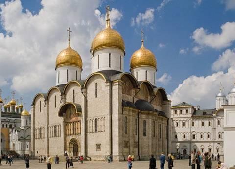 الكرملين ينفي أي علاقة لموسكو بتسميم العميل الروسي في المملكة التحدة