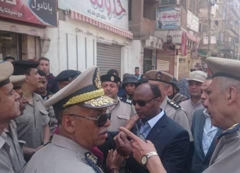 """""""مدير أمن الغربية"""" يوجه الضباط بشوارع وميادين المحلة"""