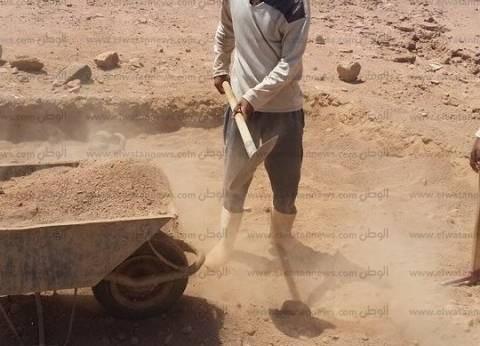 """""""الآثار"""": العثور على قناع من الذهب وتوابيت مومياوات بالمنيا"""