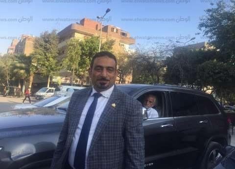 """برلماني يتفقد لجان تصويت التعديلات الدستورية بإمبابة: """"الشعب عنده وعي"""""""