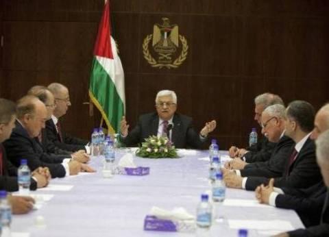 عدد من وزراء الحكومة الفلسطينية يتسلمون وزاراتهم في غزة