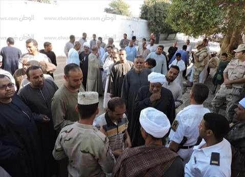 ضبط 5 يوجهون الناخبين أمام لجان كفر الدوار