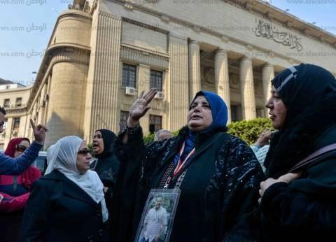 محامي أهالي شهداء مذبحة استاد بورسعيد: الحكم يرضينا