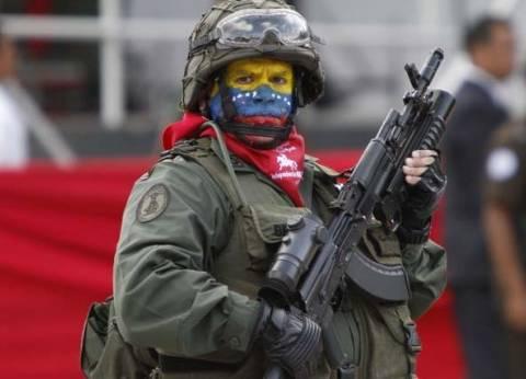 """واجبه معاداة """"الإمبريالية"""".. هل ينهي الجيش صراع السلطة في فنزويلا؟"""