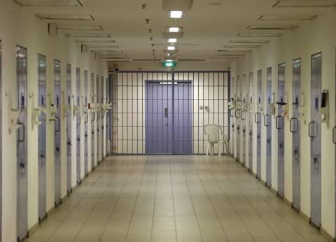 """مساعد وزير الداخلية السابق لقطاع السجون: """"مفيش دلع للمساجين.. ده عقاب"""""""