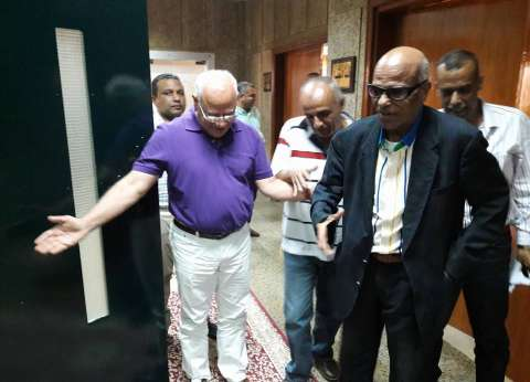 محافظ بورسعيد يستقبل النائب السابق البدري فرغلي