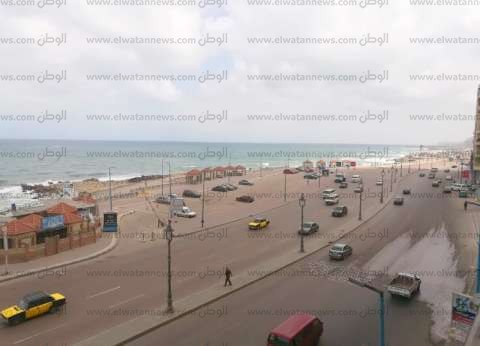 إغلاق بوغاز مينائي الإسكندرية والدخيلة لسوء الأحوال الجومائية