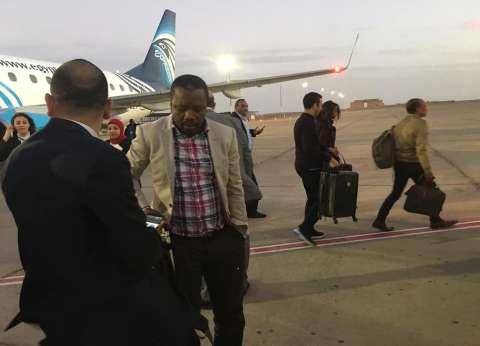 """""""الرجل الحديدي"""" في مصر.. تايسون يصل إلى القاهرة للمشاركة بعمل سينمائي"""