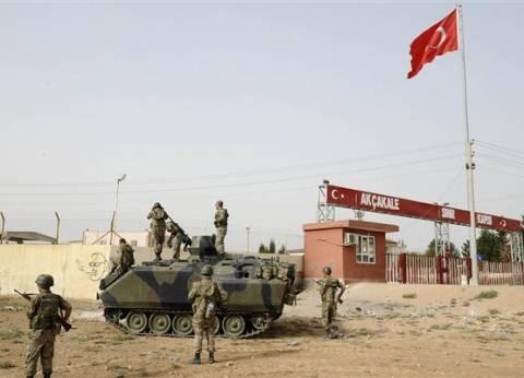 الجيش التركي يزيد من تدابيره الأمنية على طول الخط الحدودي مع سوريا