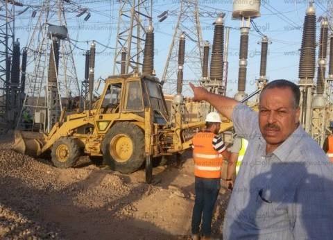 """قيادات """"أسيوط"""" تتابع عمليات إصلاح عطل جديد بمحطة كهرباء غرب"""
