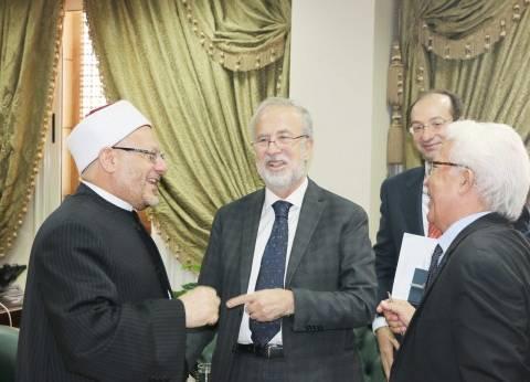 مفتي الجمهورية يستقبل السفير الإسباني بالقاهرة لبحث أوجه تعزيز التعاون