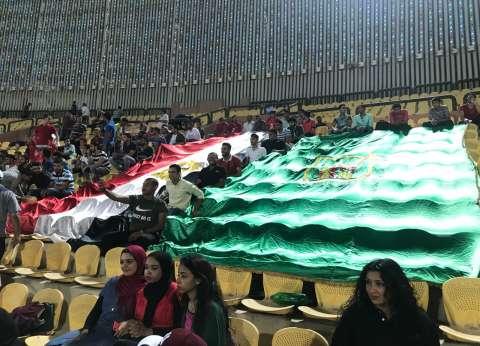 بالصور| طلاب جامعة القاهرة في لقاء الأهلي والإنتاج لدعم عودة الجماهير