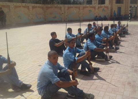 """طلاب """"التعليم الفني"""" بالإسكندرية يحتفلون بنصر أكتوبر بطابور العرض العسكري"""