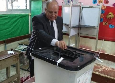 رئيس مجلس الدولة يدلي بصوته في مسقط رأسه ببنها