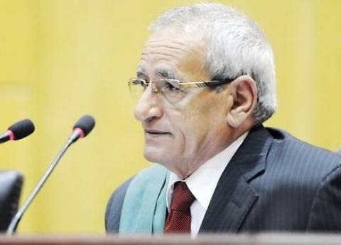 رئيس «جنايات القاهرة» السابق: المحكمة توازن بين الأدلة الفنية والقولية.. والاعتراف لم يعد «سيدها»