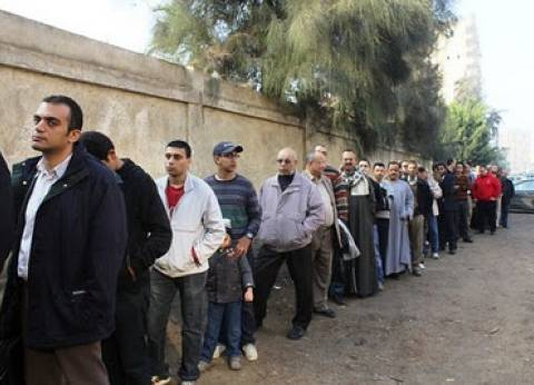 تأخر الموظفين الإداريين يؤجل فتح لجنة مدرسة العامرية بالإسكندرية ساعة ونصف