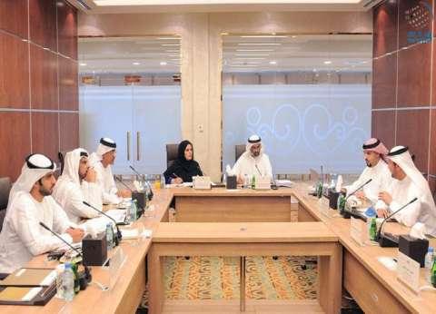 لجنة شؤون التربية بالبرلمان الإماراتي تناقش التعليم العالي والبحث العلمي