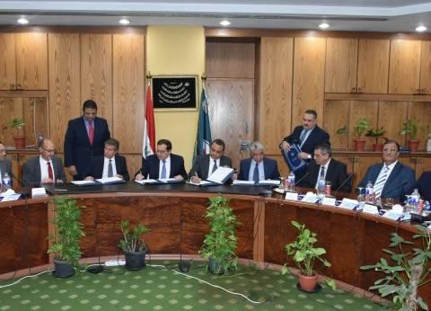 المواد البترولية: 64 مشروعاً واتفاقية هامة تحول مصر إلى مركز استراتيجى لتداول الطاقة