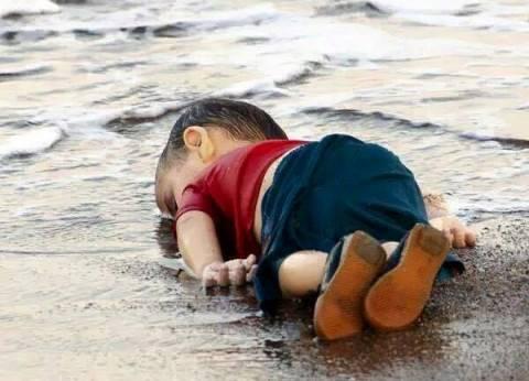 غرق 12 مهاجرا سوريا بينهم 5 أطفال وامرأة قبالة السواحل التركية
