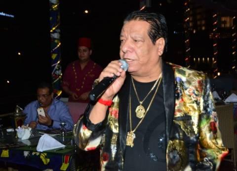 """شعبان عبدالرحيم: """"أغنية مبارك منذ 20 عاما.. وأنا مع السيسي عمهم"""""""