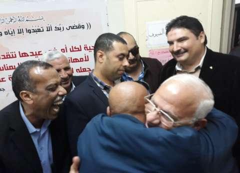 محافظ بورسعيد يشكر الأوقاف والكنيسة لحثهم المواطنين على المشاركة
