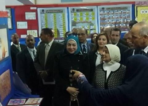 افتتاح معرض لتلاميذ المدارس وذوي الاحتياجات الخاصة بمركز الداخلة بالوادي الجديد