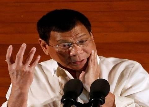 الرئيس الفلبيني يصف الديكتاتور الراحل ماركوس بـ«البطل»