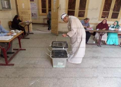 إقبال كثيف بالأقصر على التصويت في الانتخابات.. ومشاركة سلبية من الشباب