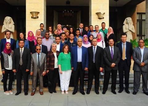 سفير مصر في الصين يقيم مأدبة غداء على شرف أوائل الثانوية العامة