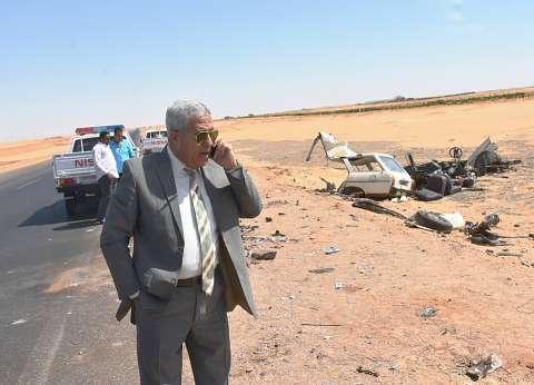محافظ أسوان يتفقد موقع حادث مروري ويؤكد: سنرفع تقرير لرئيس الوزراء