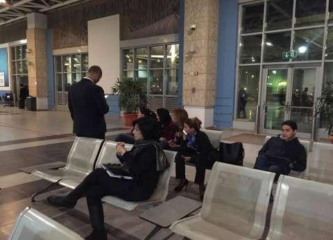 مطار القاهرة يخصص قاعة لاستقبال أهالي ركاب الطائرة المفقودة