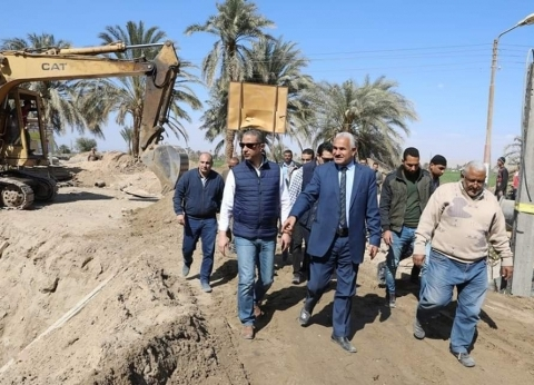 محافظ سوهاج يتفقد 16 مشروعا ضمن برنامج التنمية المحلية لصعيد مصر