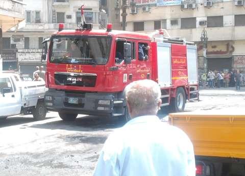 """إخماد حريق نشب بسبب """"أكوام قمامة"""" بغرفة مهمات السكة الحديدية في المنيا"""