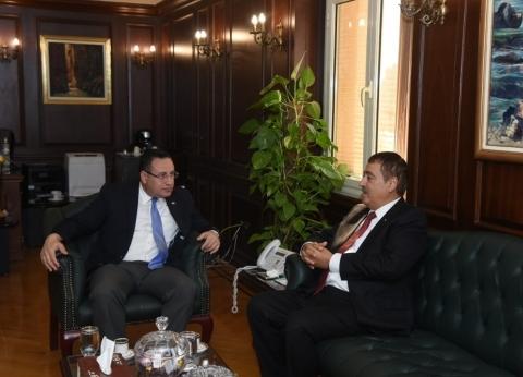 محافظ الإسكندرية يستقبل قنصل عام فلسطين