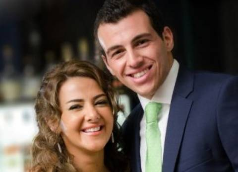"""دنيا سمير غانم عن زوجها: رامي """"جميل وبيقدر شغلي جدا"""""""