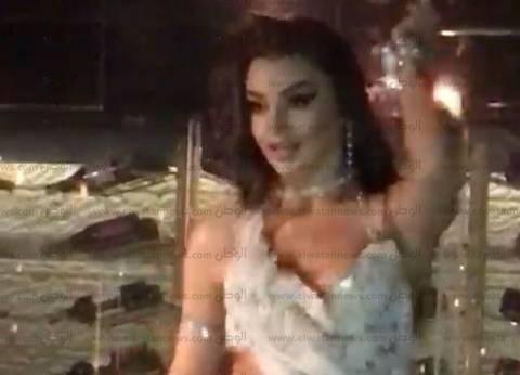 """مدير الجوازات الأسبق لـمحامي جوهرة: """"شكلك بتعرف تدافع عن الراقصات"""""""