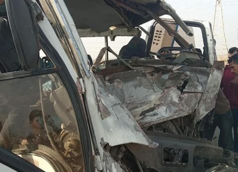 """إصابة ضابطين وأميني شرطة ومجند في تصادم على طريق """"بخانس – أبوتشت"""" بقنا"""