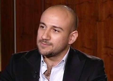 بالفيديو| أحمد مكي يعلن موعد تسجيل ألبومه الجديد