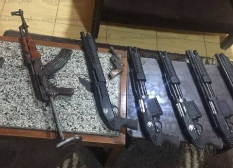 ضبط 158 قطعة سلاح ناري بحوزة 142 متهما