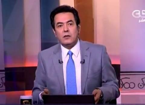 """خيري رمضان ناعيا ضحايا حادث محطة مصر: """"حسنا فعل وزير النقل باستقالته"""""""