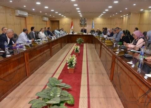 محافظ أسيوط يطالب النواب بالتعاون مع الجهاز التنفيذي للنهوض بالخدمات