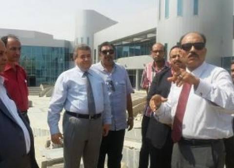 ممثلو بنك الاستثمار القومي يزورون جامعة بنها بالعبور