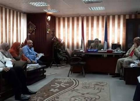 رئيس مركز مدينة فارسكور في دمياط يحرر محضرا ضد مدرسة السنباطي